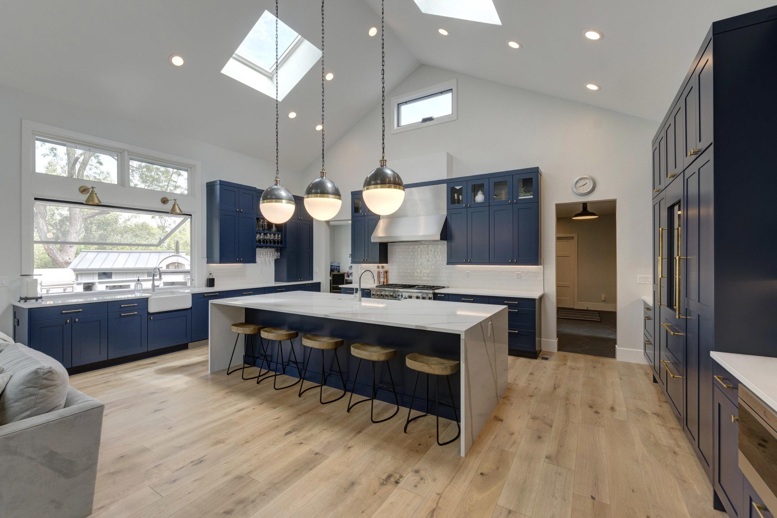 16-Kitchen-Alt.jpg