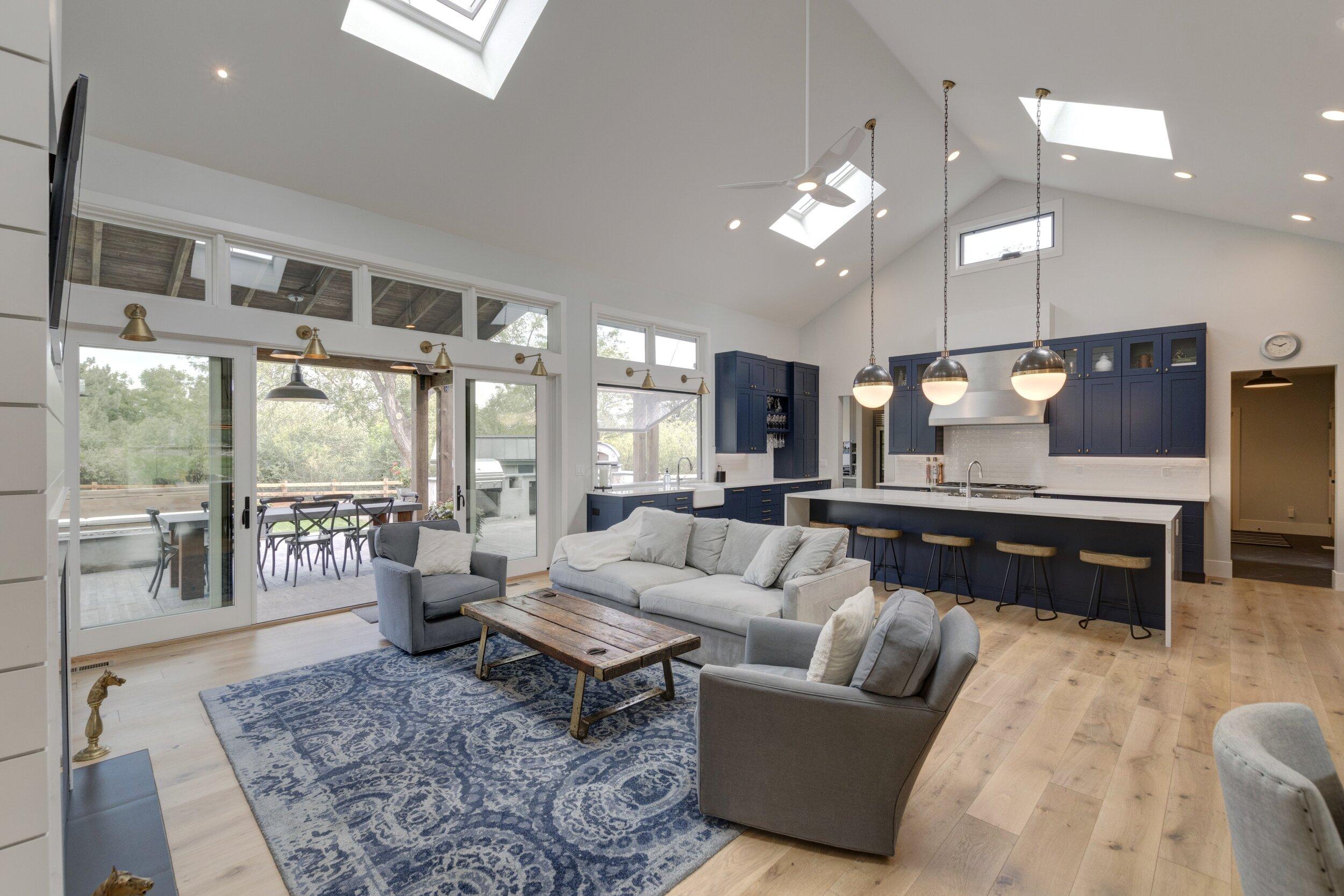 9 Living Area-Kitchen.jpg