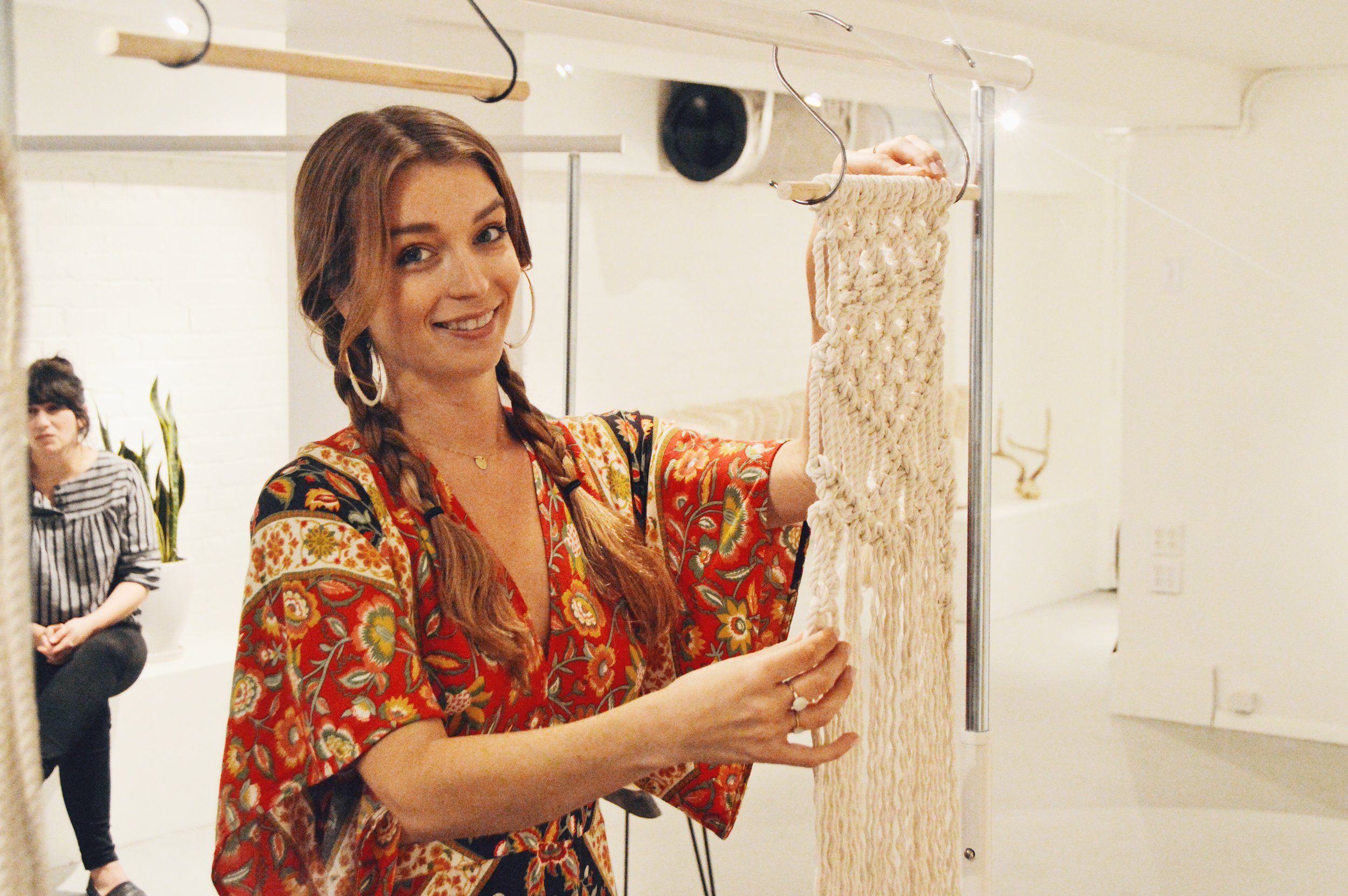 About the instructor: - Fiber Artist Christine Munroe works with many mediums to create her one of a kind art that brings style and warmth into any space. Utilizing ancient knotting technique in innovative and modern ways, her artwork spans from pieces small enough to fit in the palm of your hand to large home décor installations that transform a room.With a background in Fashion and Photography, Christine headed west from New York City to further her creative career. She believes that through creating and sharing art, it's possible for anyone to find a meaningful sense of peace, fulfillment and deeper purpose. She currently lives and creates in San Francisco, California.