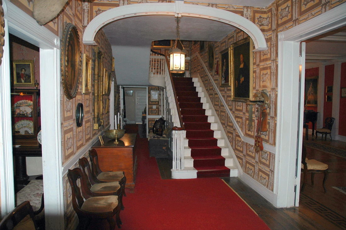 Boal Mansion Foyer.png
