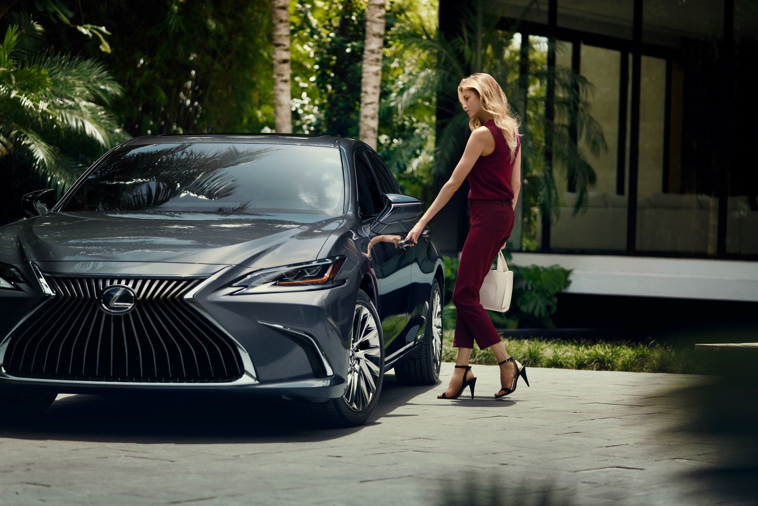 Lexus, from its engineers to its customer service team, practices the Japanese tradition of Omotenashi. It implies an insightful understanding of customer wants and needs, and the thoughtful caring about each customer's well being – treating people as true individuals, the essence of their psychic premium.