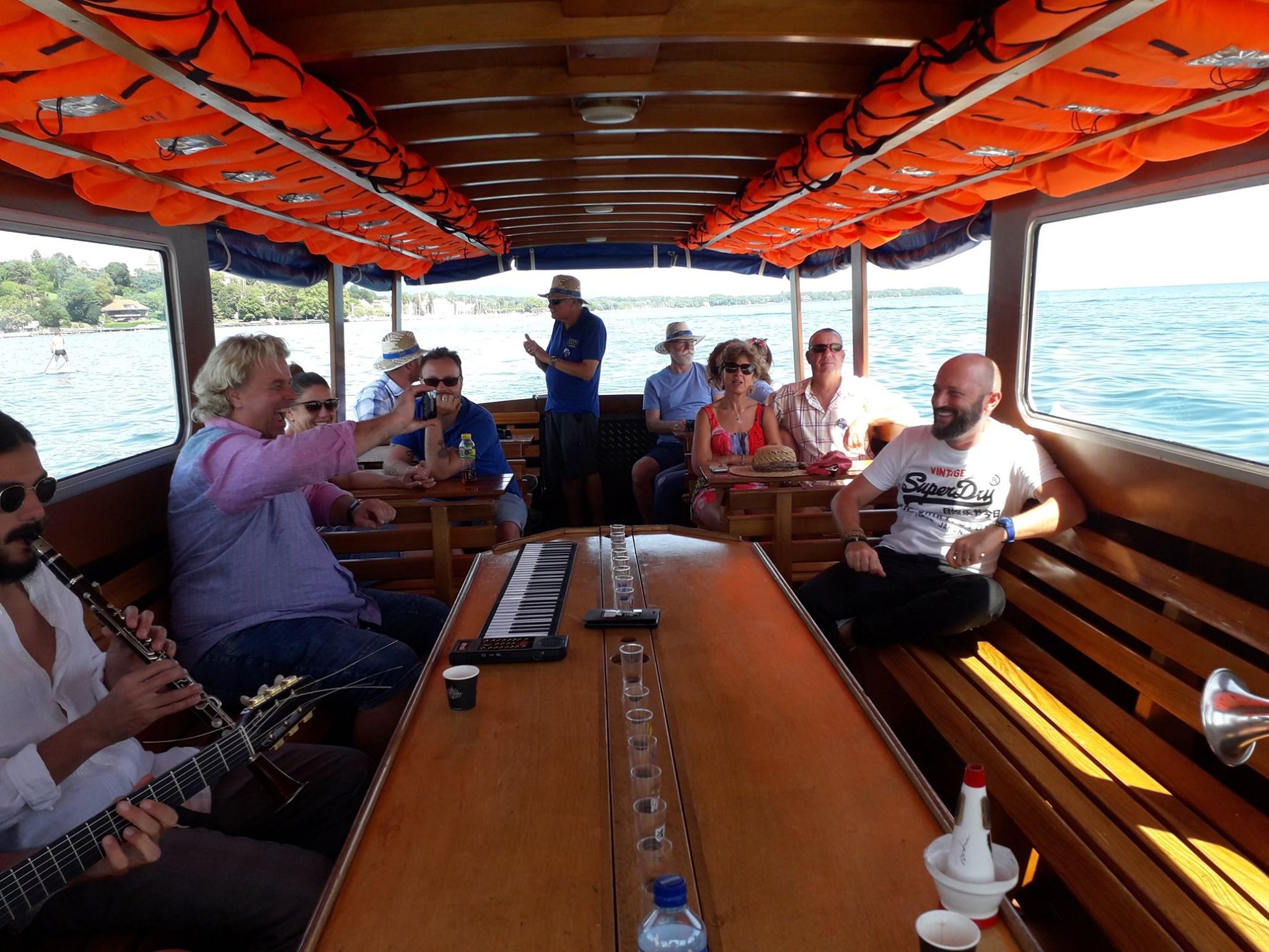 Rive Jazzy Boat2.jpg