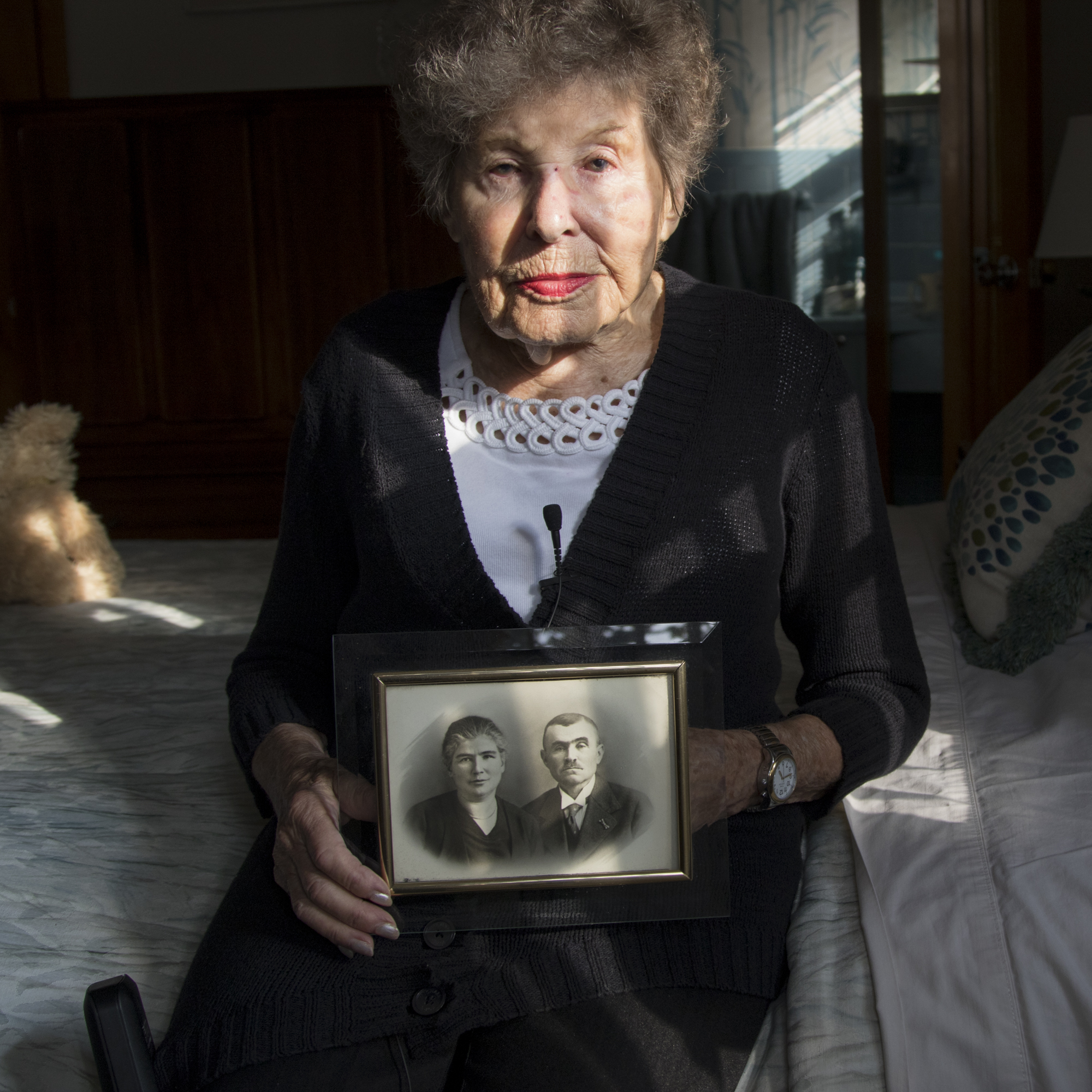 Holocaust survivor Margot Capell holds the only photograph she has of her parents who died during the Holocaust. Capell was able to escape Nazi Germany and immigrate to England before arriving in the United States. She was saving up money to bring her parents to America, but it was too late.