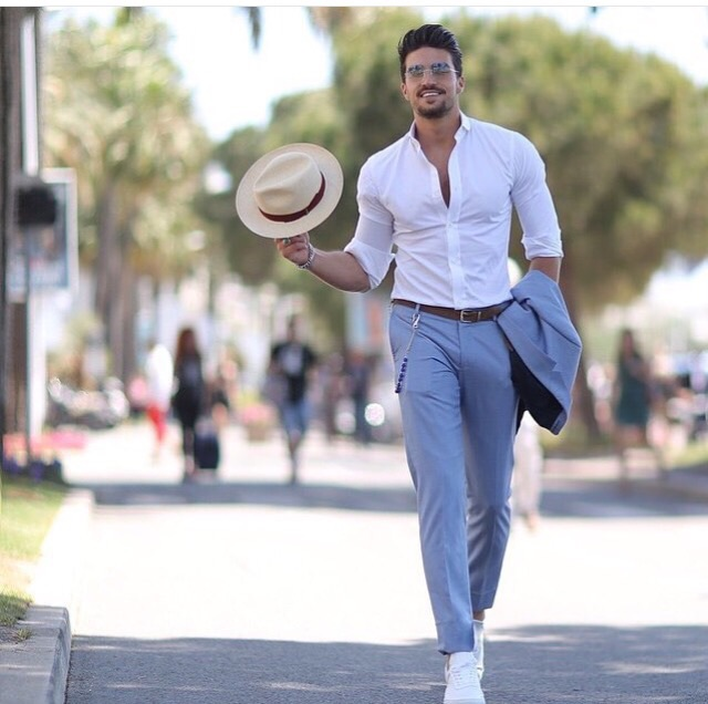 Have fun and play with proportions by styling a menswear version of this classic with a shrunken waistcoat and ankle-high sport socks.