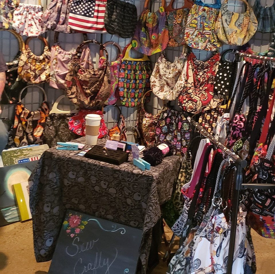 Sew Crafty   Hand-sewn purses and handbags