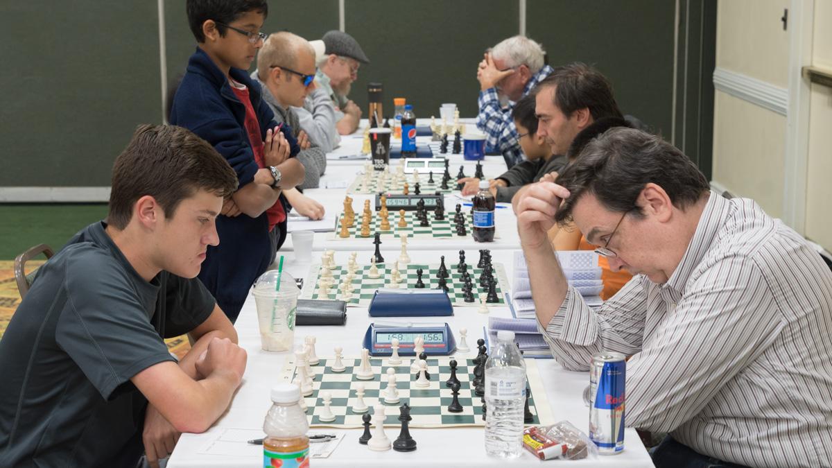 Ryan Hamley (L) vs John Givler (R) at the 2016 CFCC Autumn Open held at International Palms, October 28-30, 2016.