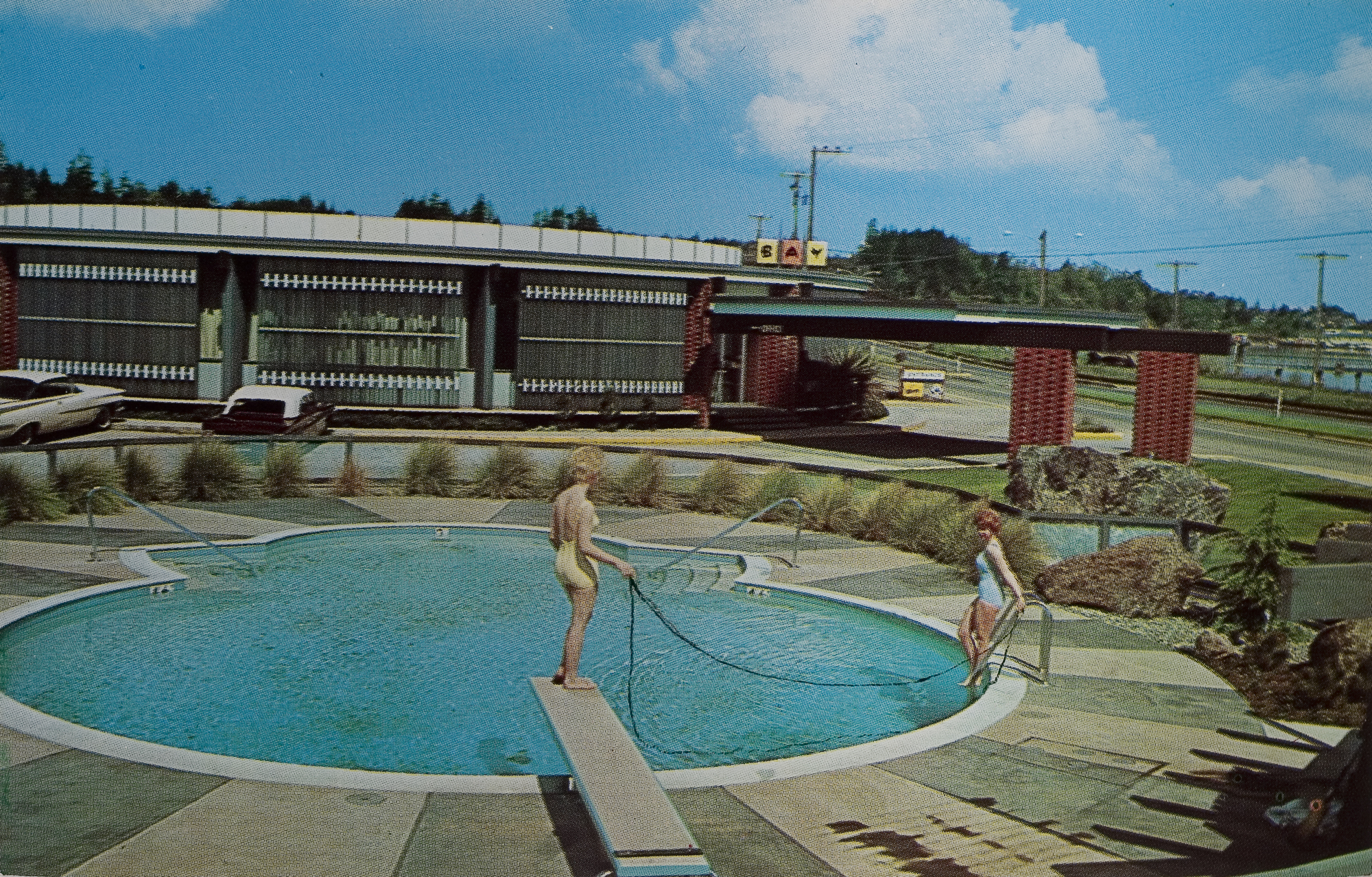 RH Swimming Pool.jpg