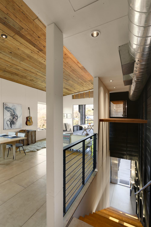 510-cabin-interior-hunter-leggitt-studio2.jpg