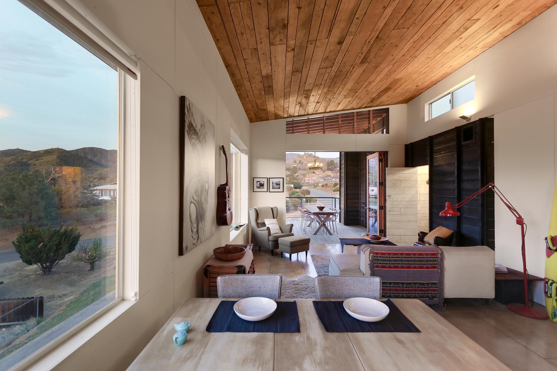 510-cabin-interior-hunter-leggitt-studio9.jpg