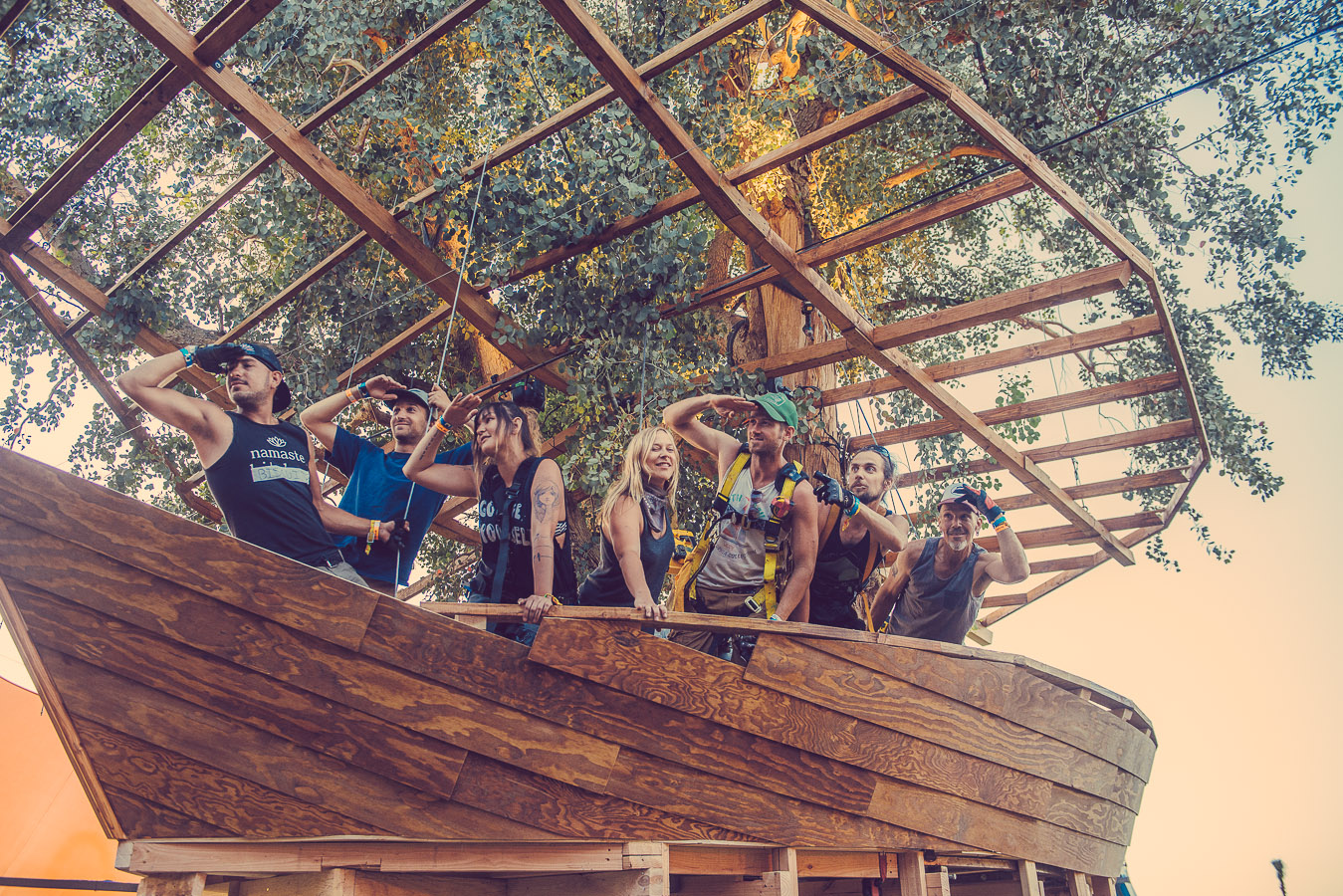 coachella-2015-dolab-tree-house-hunter-leggitt-studio-1.jpg