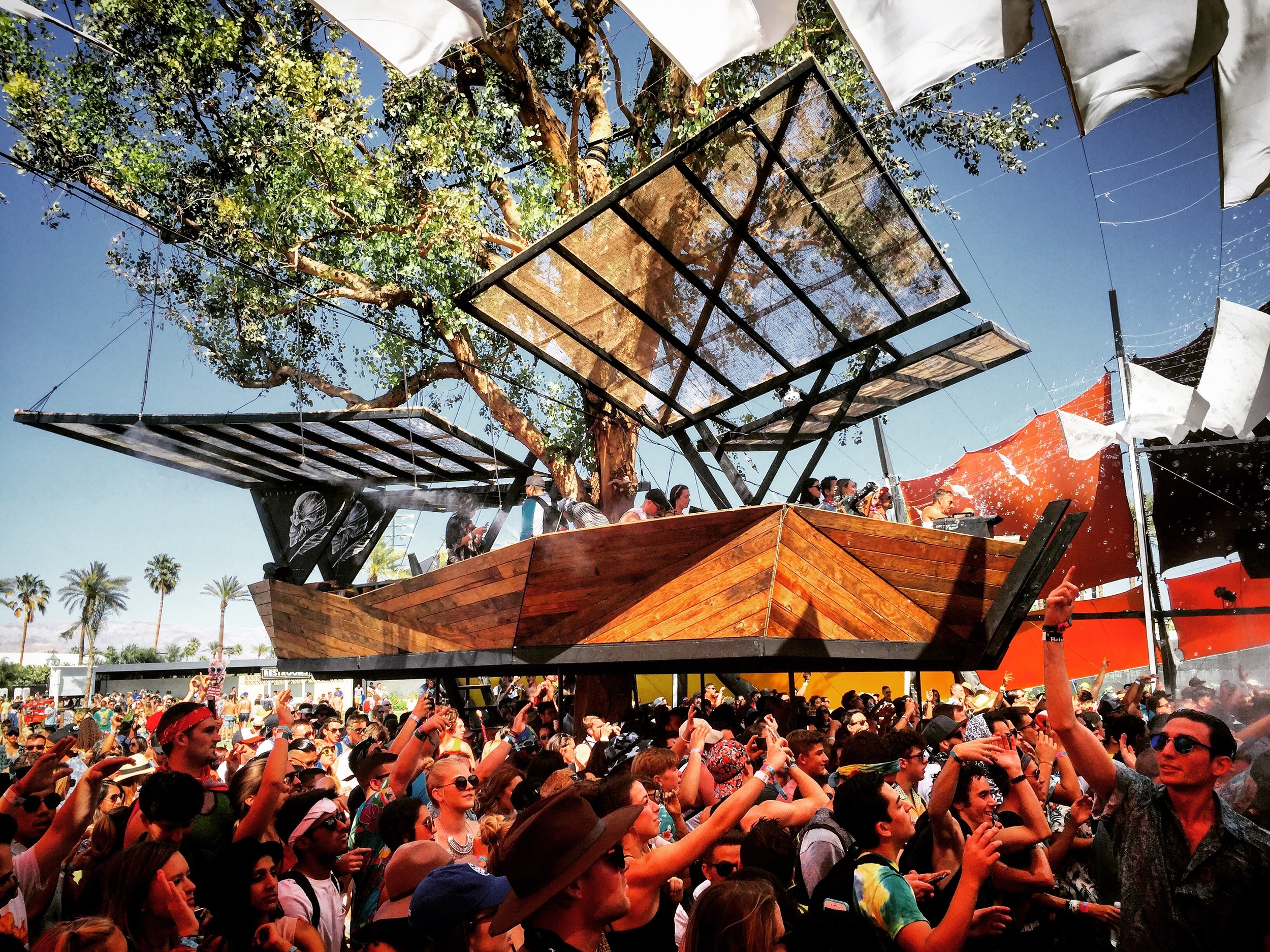 coachella-ss-biskt-do-lab-hunter-leggitt-studio-18