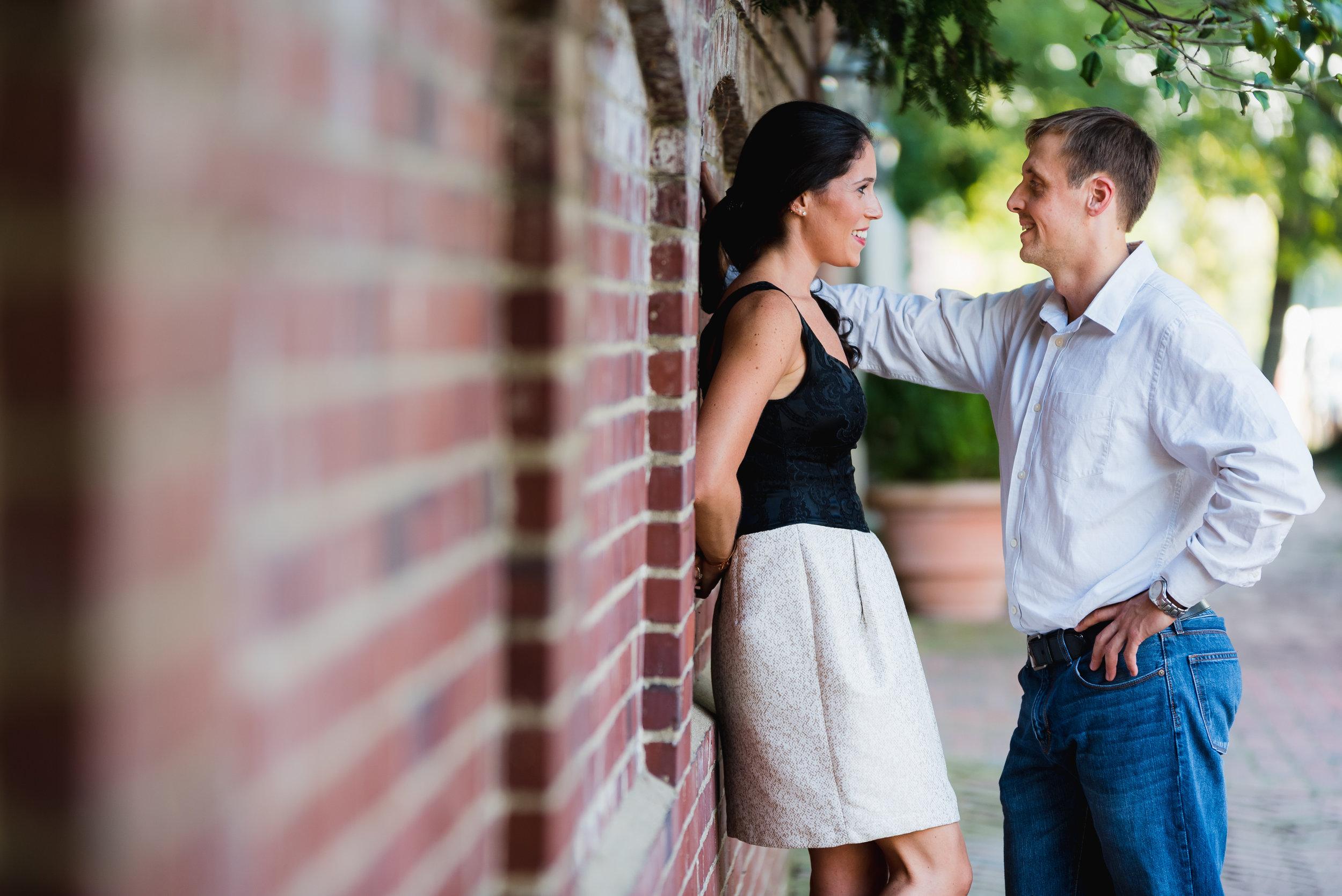 Jackie&AndyAlexandriaVAEngagementPhotography_TJF1221.jpg