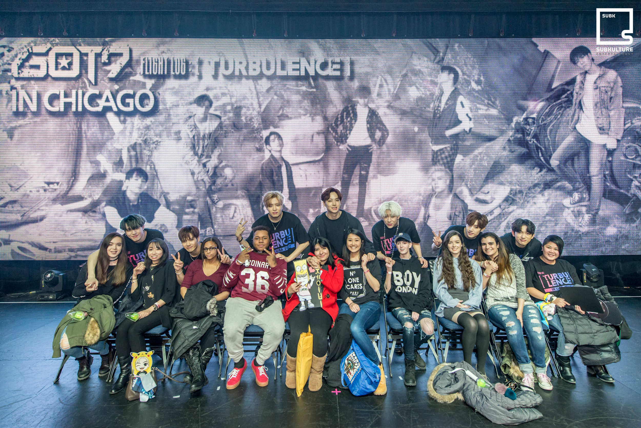 GOT7 Fan Photo Chicago Rosemont Theatre 2017 SubKulture Entertainment-3234 copy.jpg