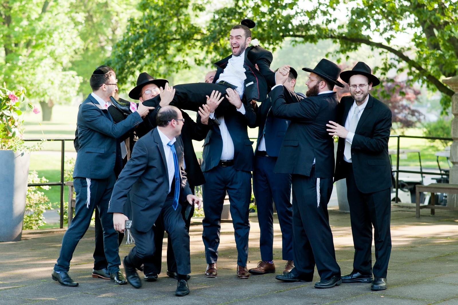 Orthodox Jewish Wedding, Dyker Beach Park and Golf Course, Brooklyn, New York, Photo by Chaim Schvarcz, Groom Portraits, Family, Groomsmen