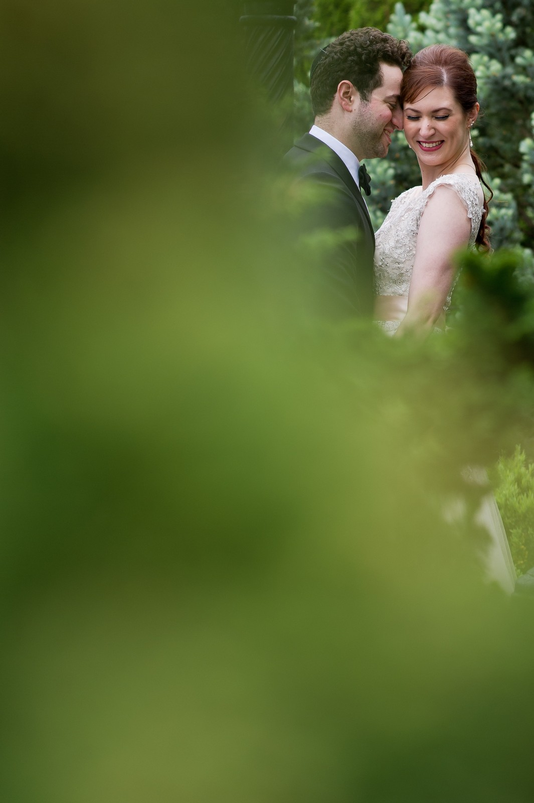 Yoey and Aaron's Memorial Day Modern Jewish Wedding at Anthony's Pier 9, New Windsor, NY Photos by Chaim Schvarcz couple bride groom portraits