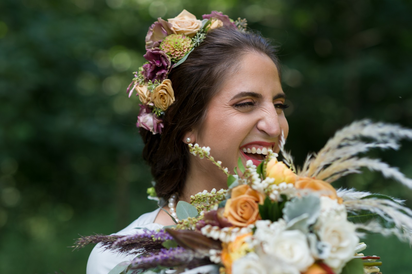 Chana and Motty's Chabad Jewish Wedding in Prospect Park Picnic House, Brooklyn, NY, Photos by Chaim Schvarcz bride portraits flowers