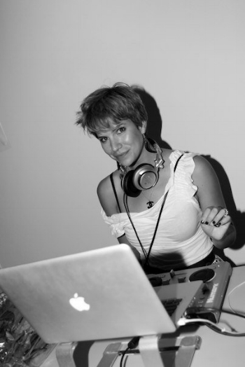 Yep, that's me…workin' it at a private party in 2009.