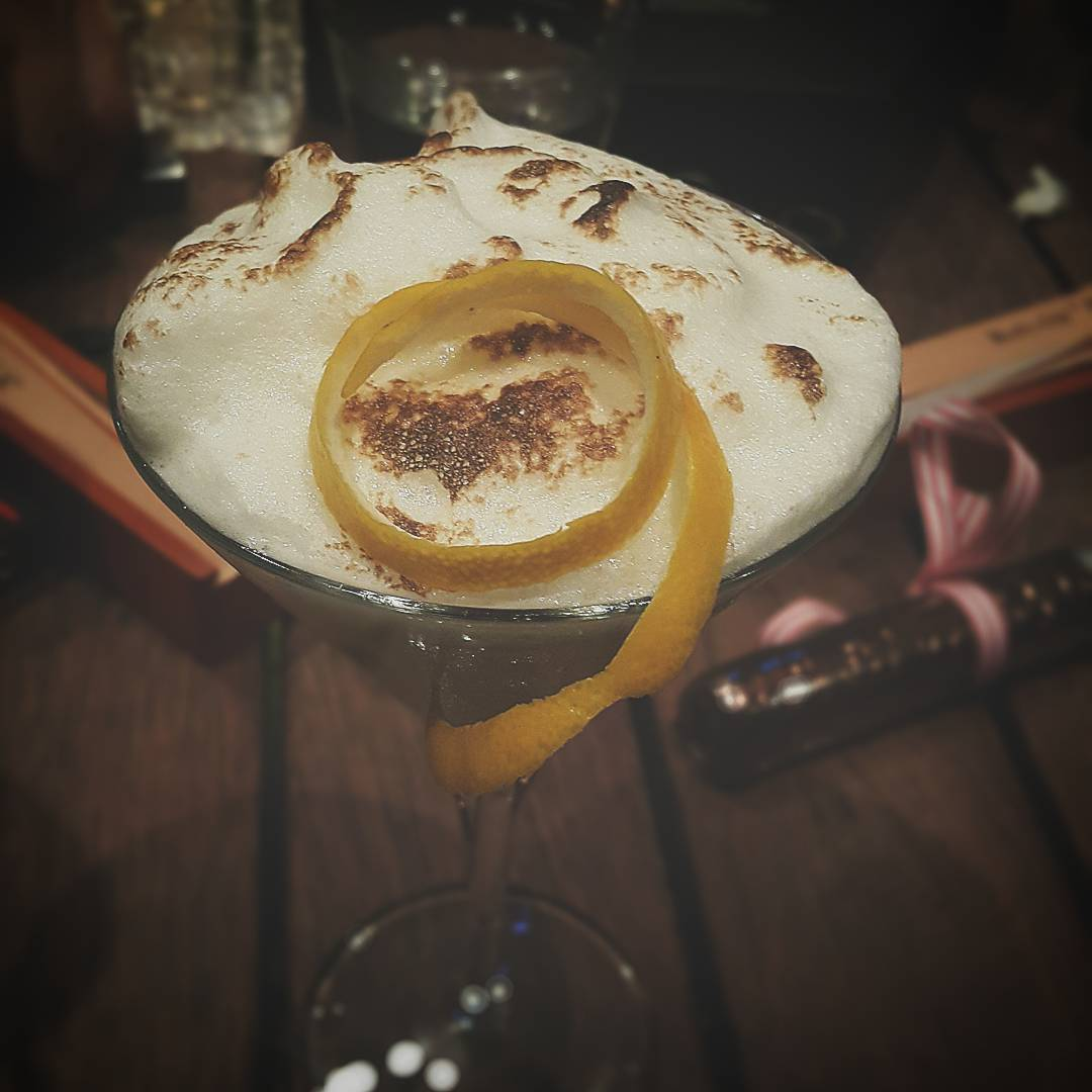 forking_with_karin  - Lemon Meringue Martini