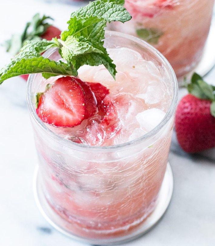 cakenknife  - Strawberry Mint Julep