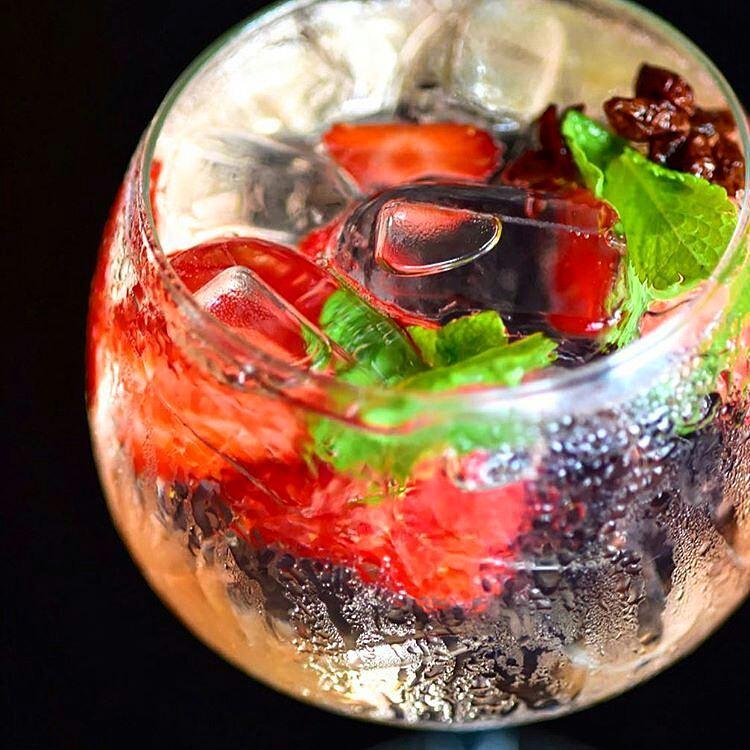 Gin & Tonic -  gintonicly
