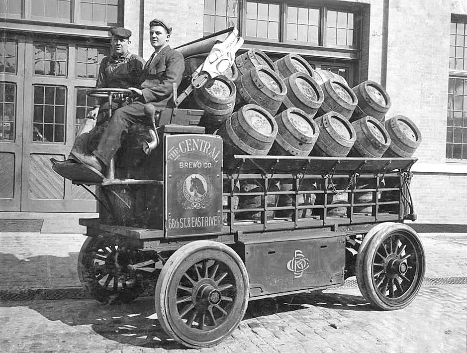 A rare vintage picture of a delivery by Amazon's PrimeSoon service, circa 1908