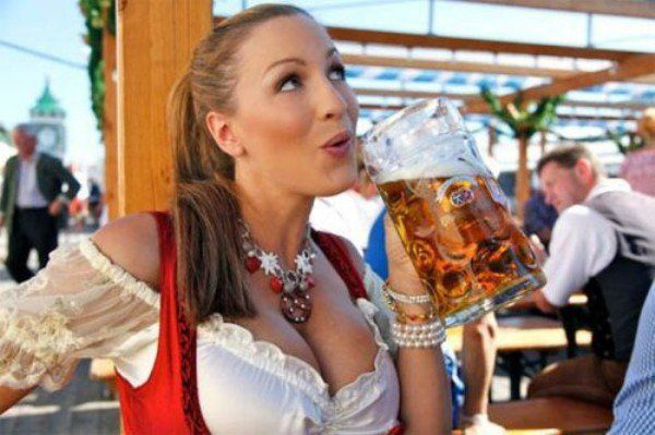 Rich old Englishmen drinking beers in October should not be confused with Oktoberfest. Ever.