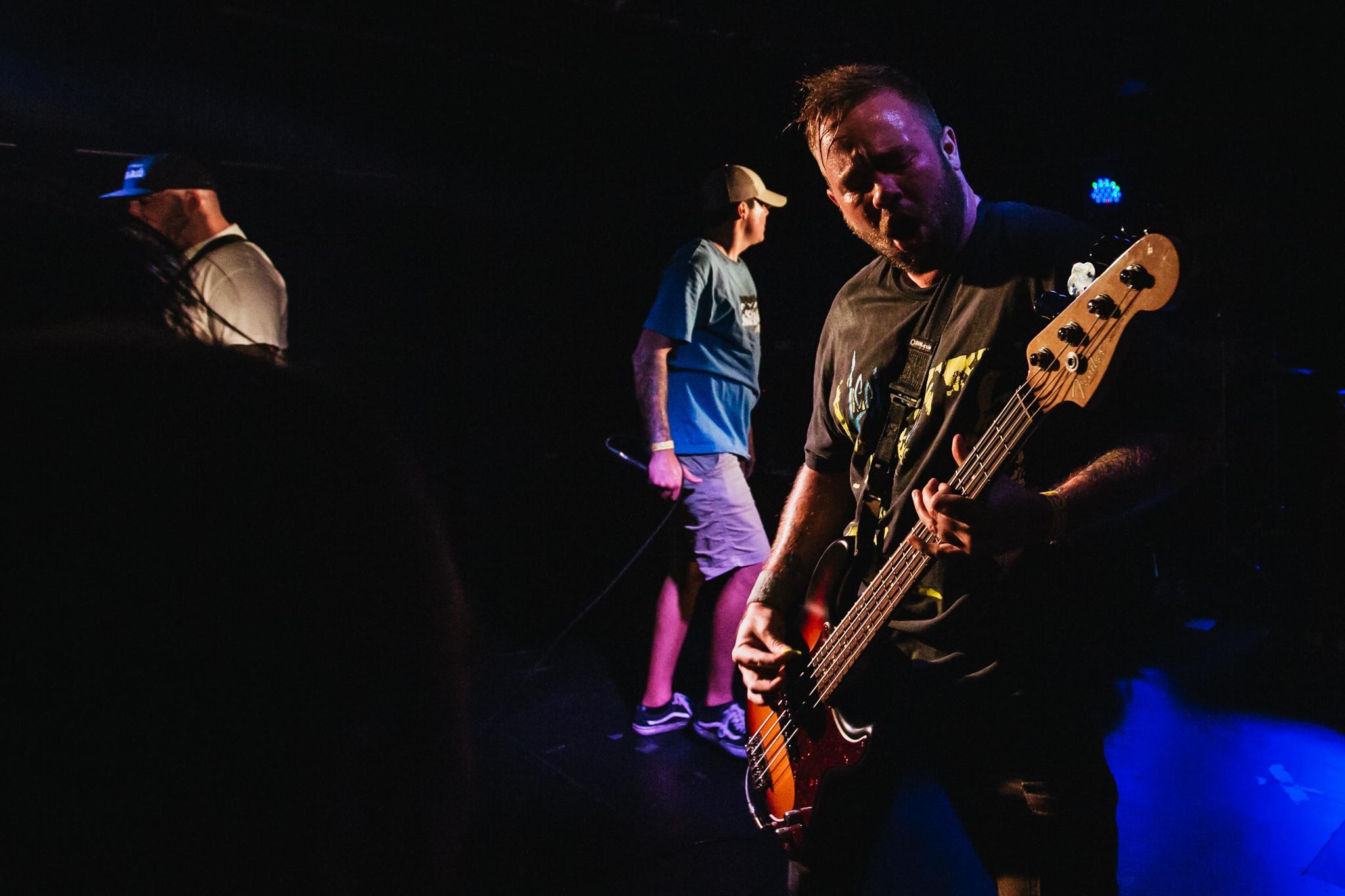 Mitch Lowe Photo - Crowbar - Expire-39.jpg