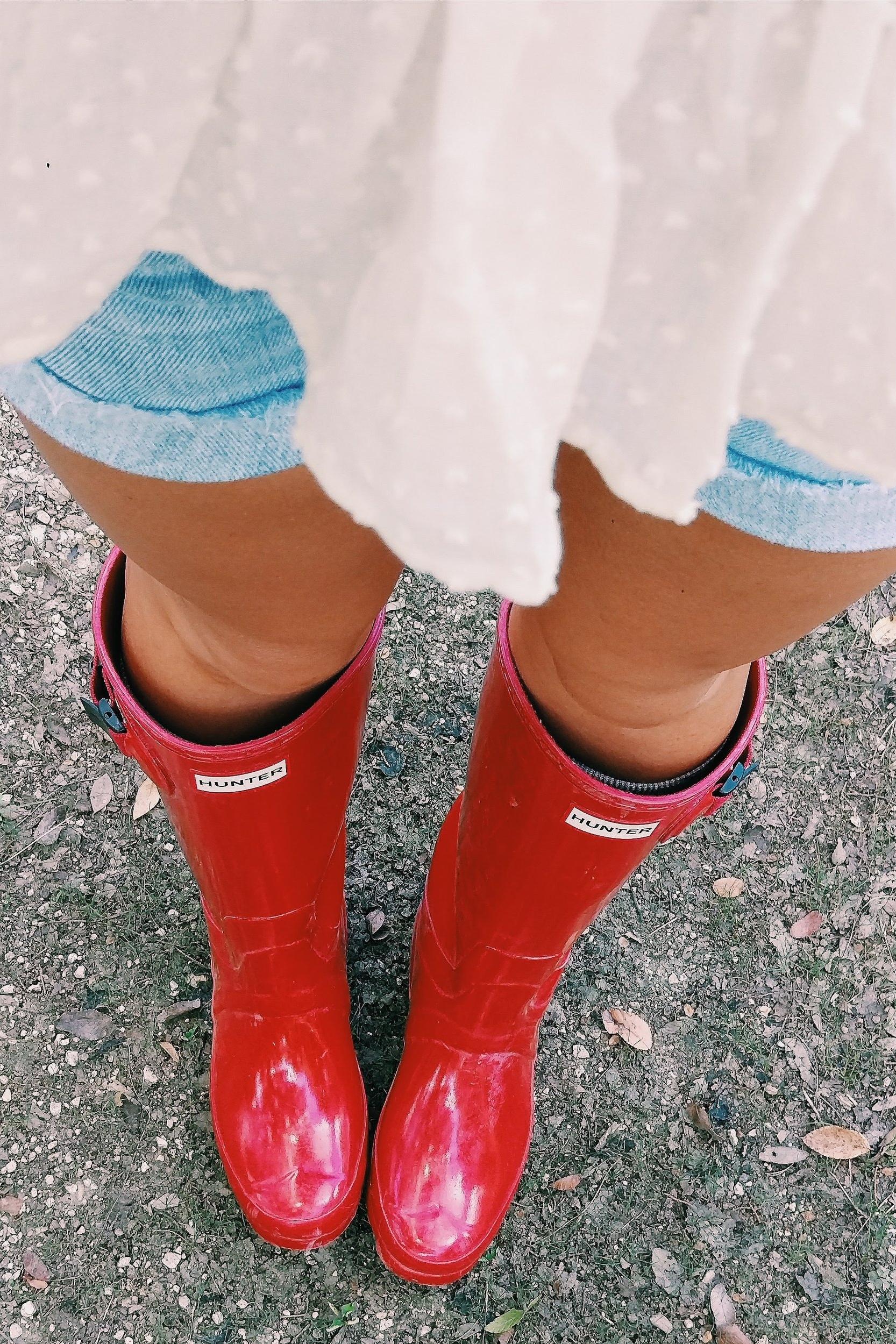 Boerne - Three Heel Clicks 13.jpg