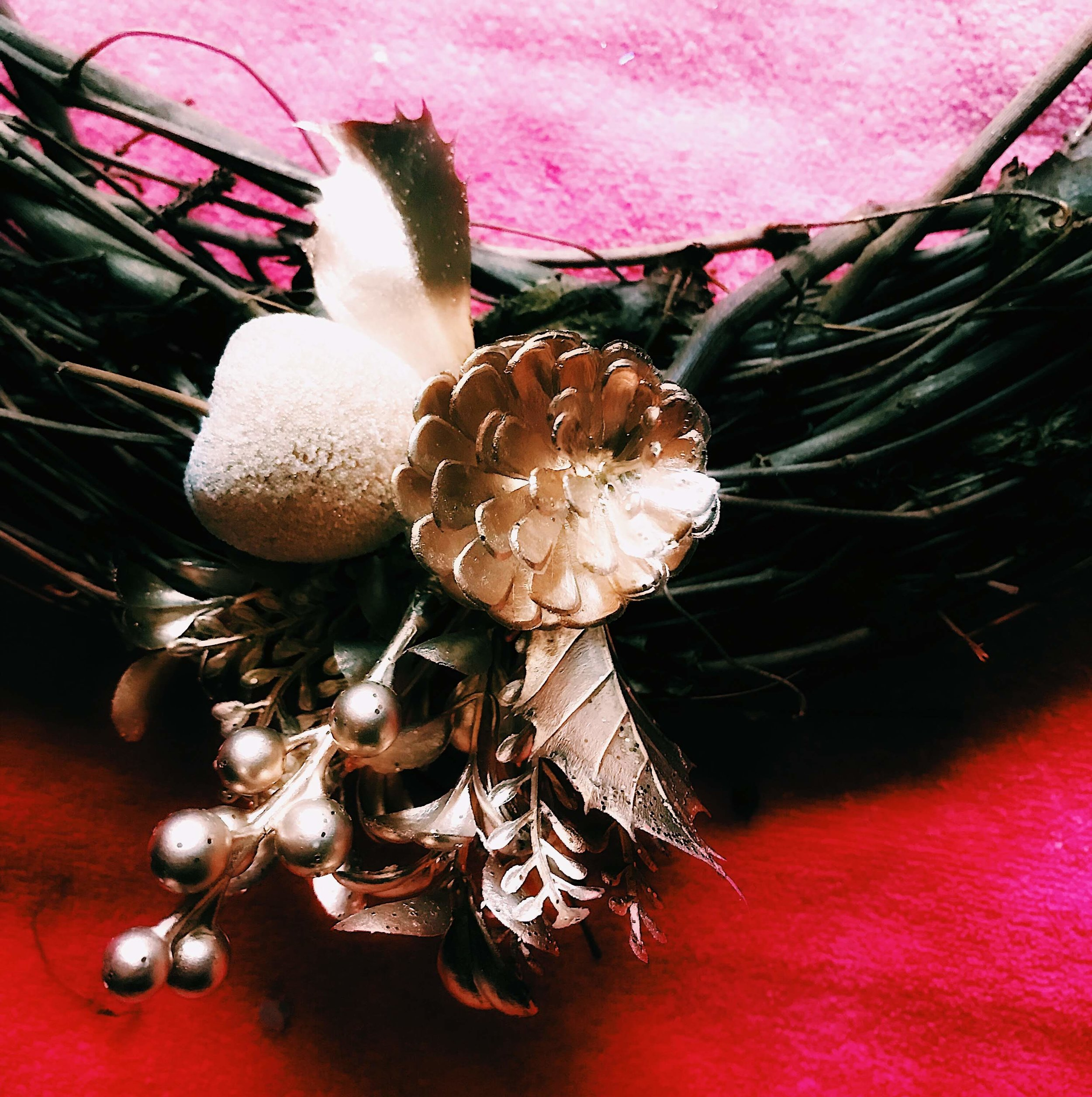 Three Heel Clicks - How to Make a Classy Holiday Wreath for $20 (6).jpg