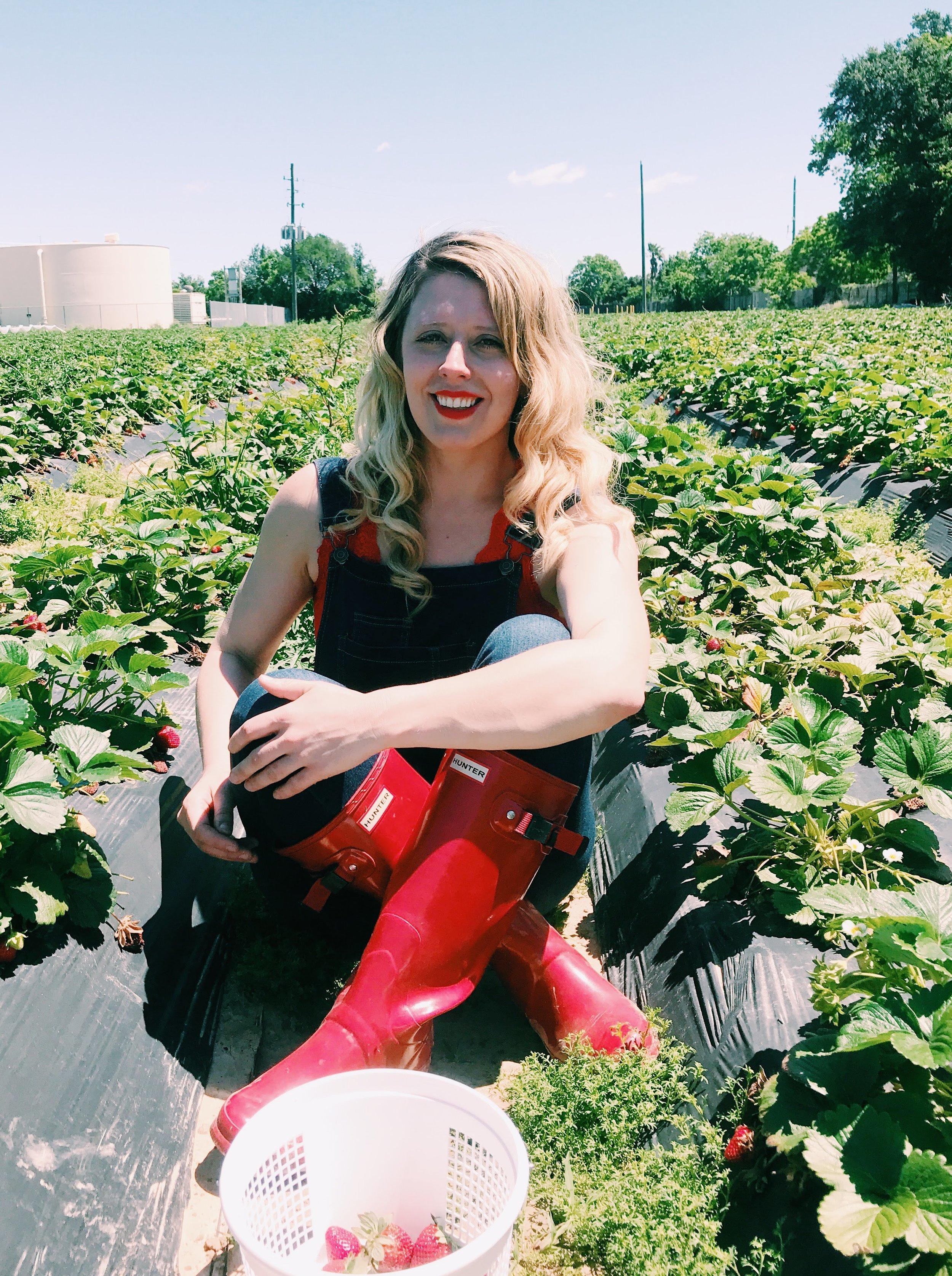 Three Heel Clicks - Strawberry Picking at Atkinson's Farms (11).jpg