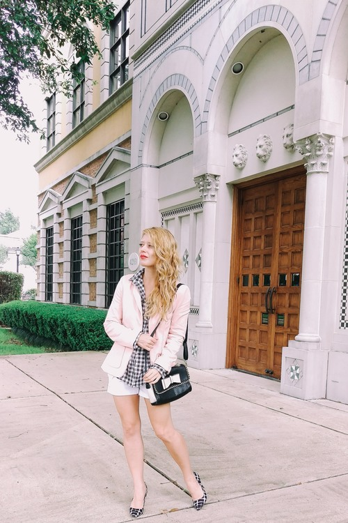 Three Heel Clicks - Capsule Suitcase - Five Gingham Outfits for Summer Vacation (2).jpg