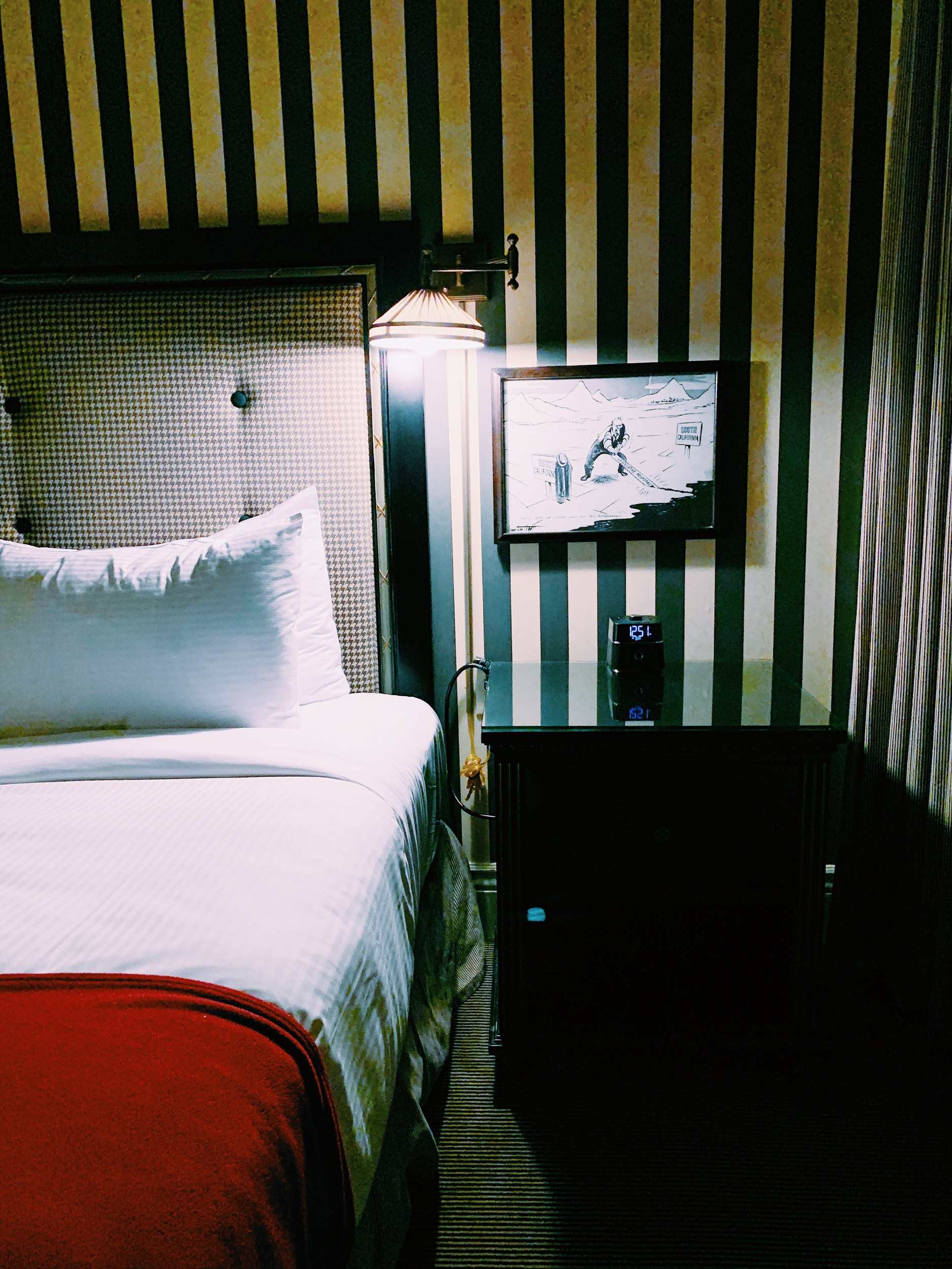 Three Heel Clicks - A Overnight Staycation at the Citizen Hotel in Sacramento