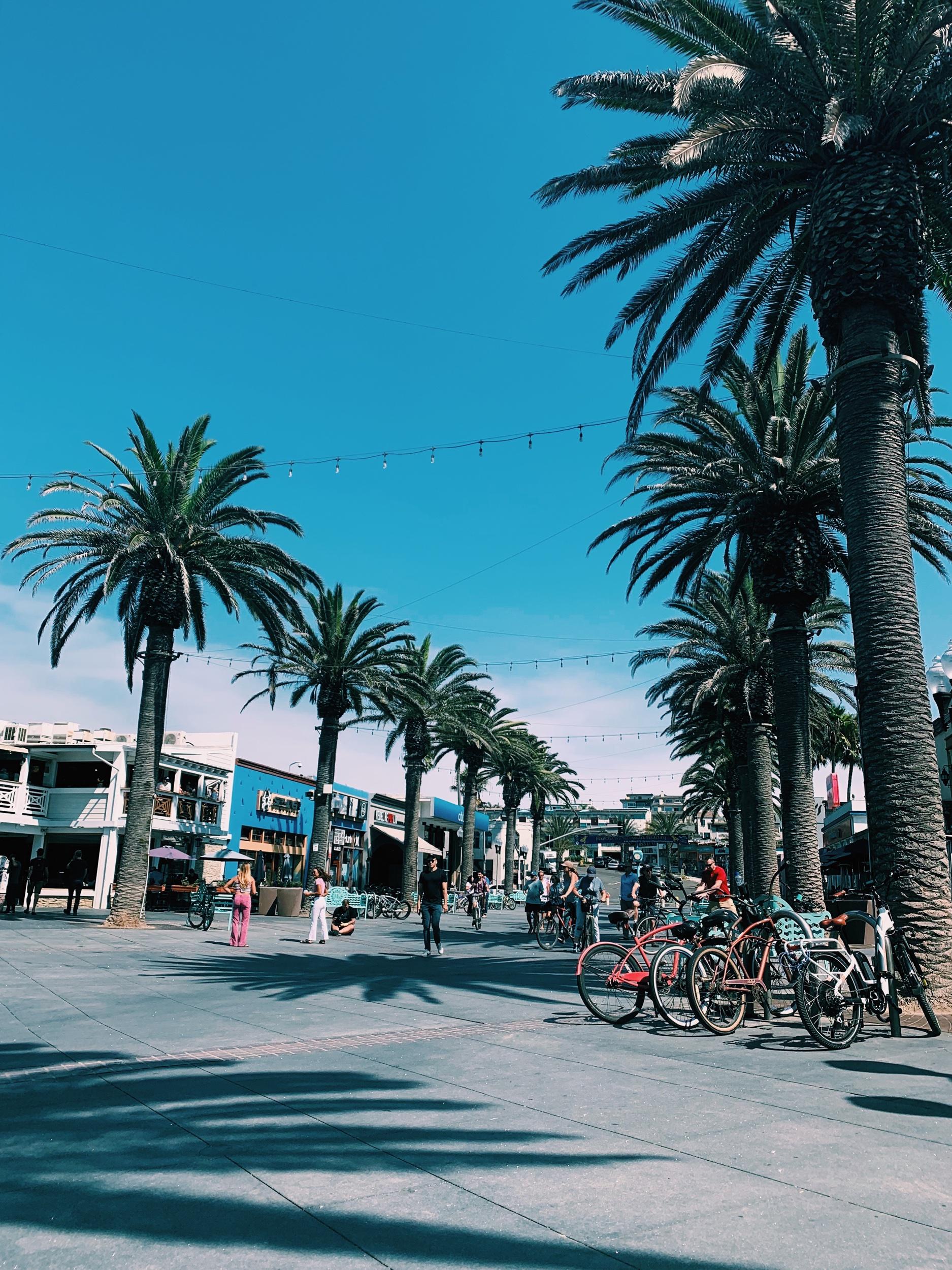 Three Heel Clicks - Hermosa Beach: A Quiet Seaside Haven Near Los Angeles