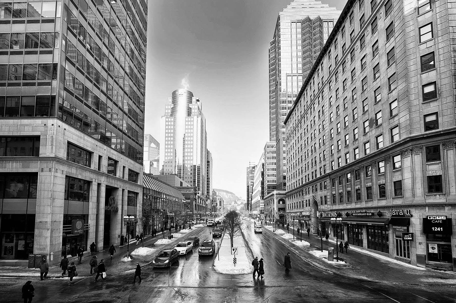 Montreal-BW.jpg