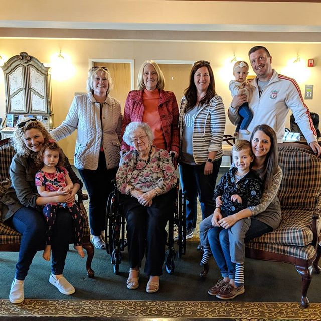 Four Generations. 💓 #greatgrandmother #family #29weekspregnant #kids #generations #together #memories #cherish