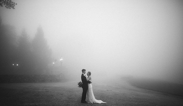 Moments over mountains.  _____ This time last year, Heidi and Matt said yes to forever amidst the presence of Hurricane Florence at Wintergreen Resort.  _____ We were expecting mountain views , but instead was blessed with this gorgeous, cinematic, and dreamy fog, which is every photographer's dream visual.  _ Happy One Year Anniversary @heidi_rens @matty_rens!! 🖤 _____ Venue @wintergreenresortweddings  Florals @fadedpoppy  _____ #gianvaldiviaphoto #gvpcouples #wintergreenresortwedding #wintergreenresortva #fallweddingdress #fallweddingflorals #fadedpoppy #thefadedpoppy #hurricaneweddings #virginiaweddingphotographers #757weddingphotographer