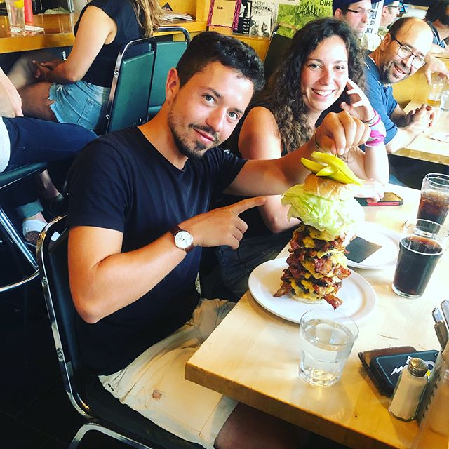 Yannick is the newest victim from #thebeast. Think you can defeat it yourself in under 30 minutes? Give us a call and make a reservation 🍔😉📞