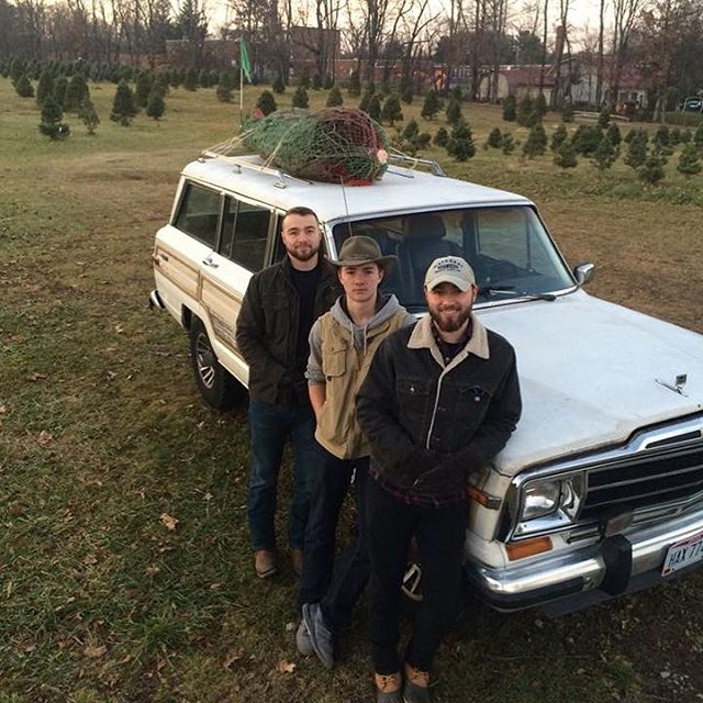 """It's the Dockus family Christmas tree"" (read that in Clark Griswold's voice) of course we had to take the #grandwagoneer"