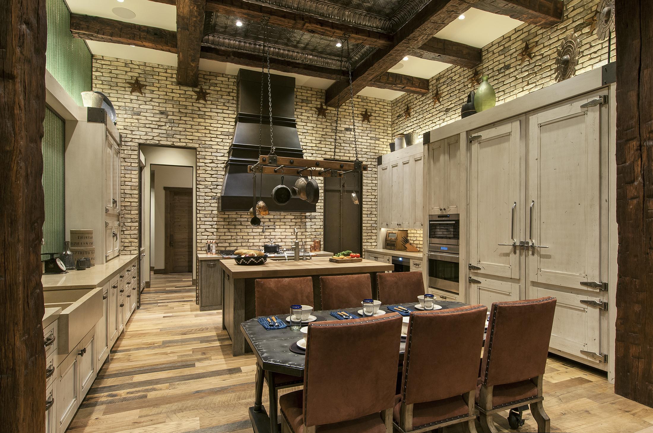 14-029-40 Kitchen.jpg