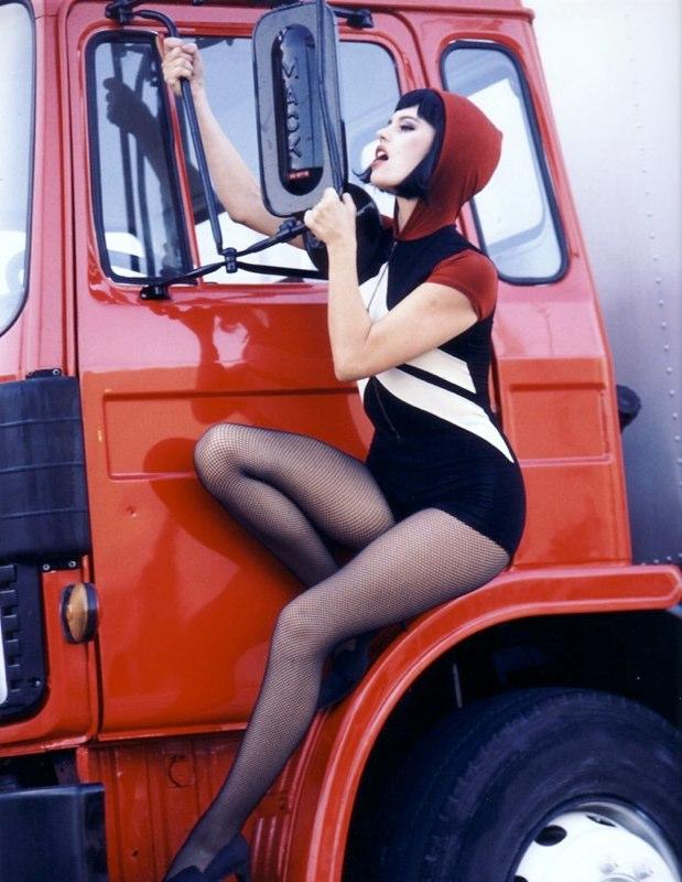 trucker sml.jpg