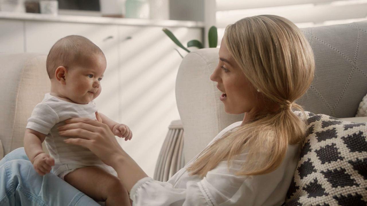 Elevit Breastfeeding-1.jpeg