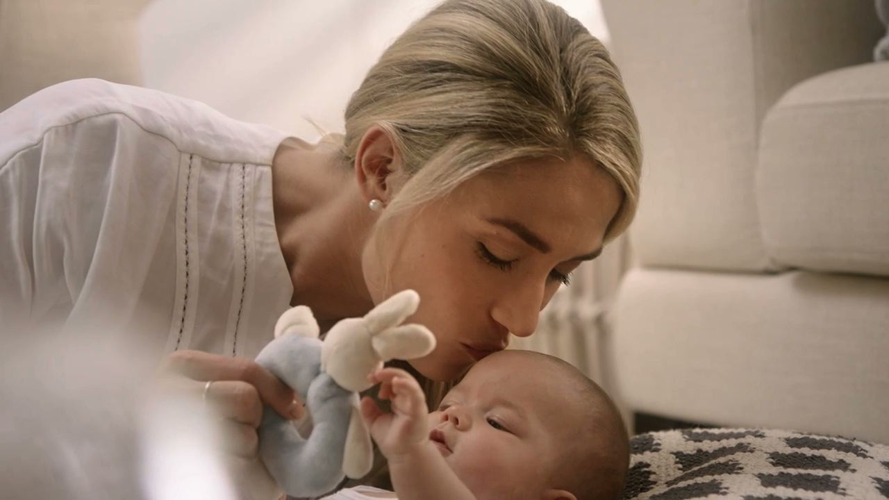 Elevit Breastfeeding-10.jpeg