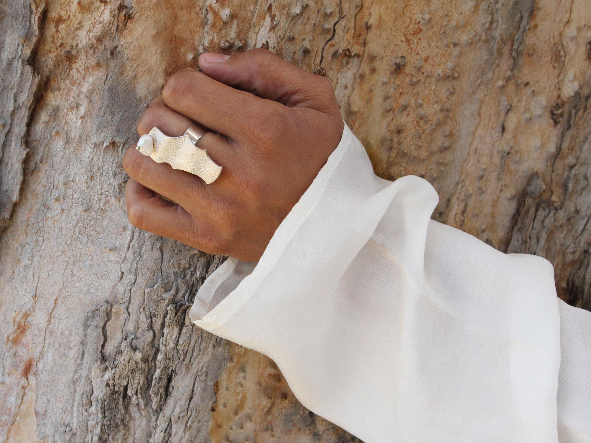 perla su carta ring