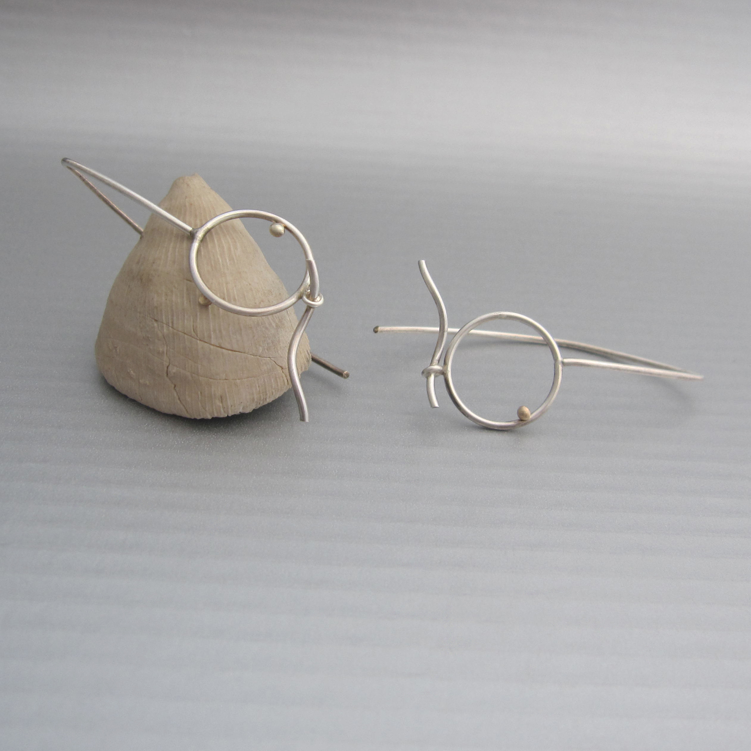 Onda earrings, one of the pieces featured in I AM THE LAB.