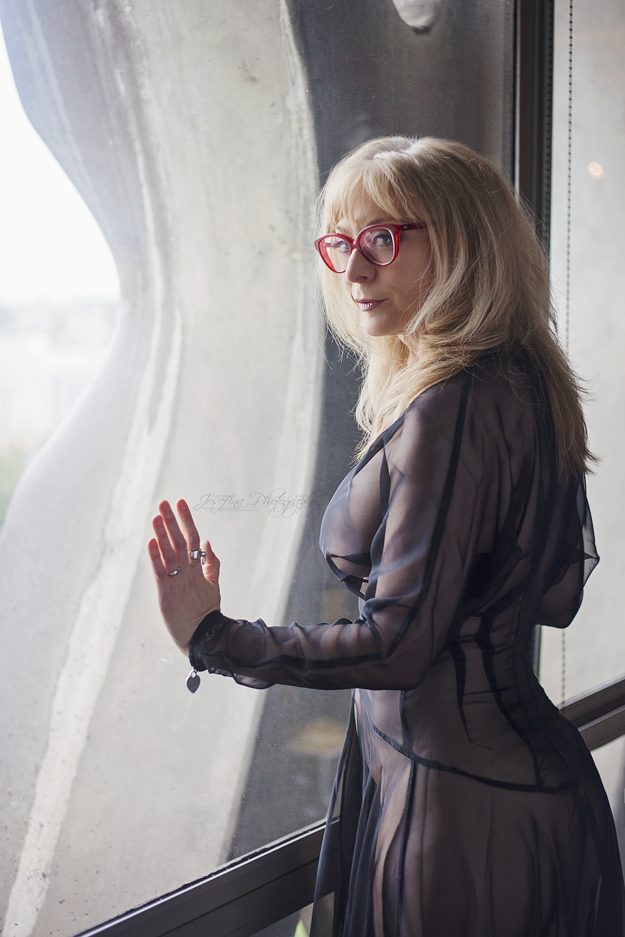 M / Nina Hartley | Copyright © Josefina Photography 2016