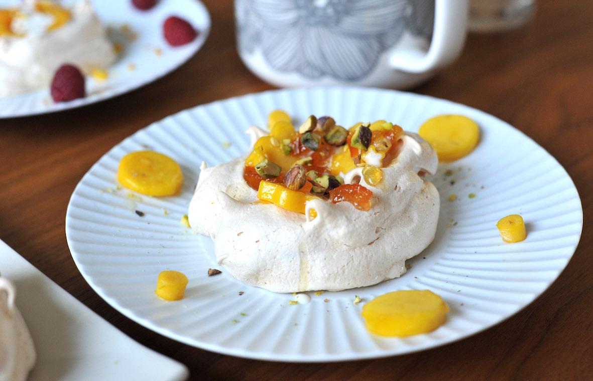 meringues_catering1.jpg