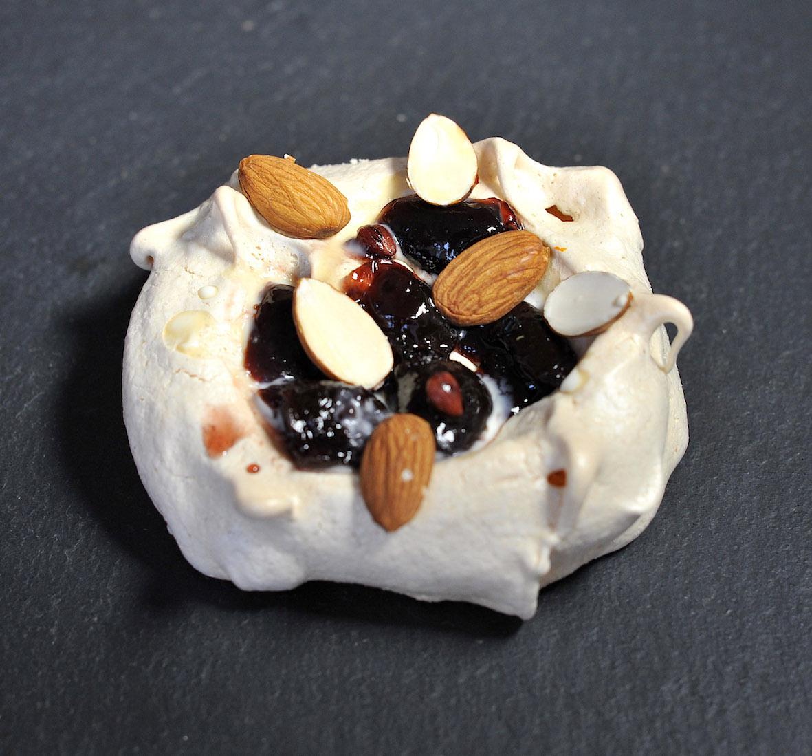 meringues_bcbp catering.jpg