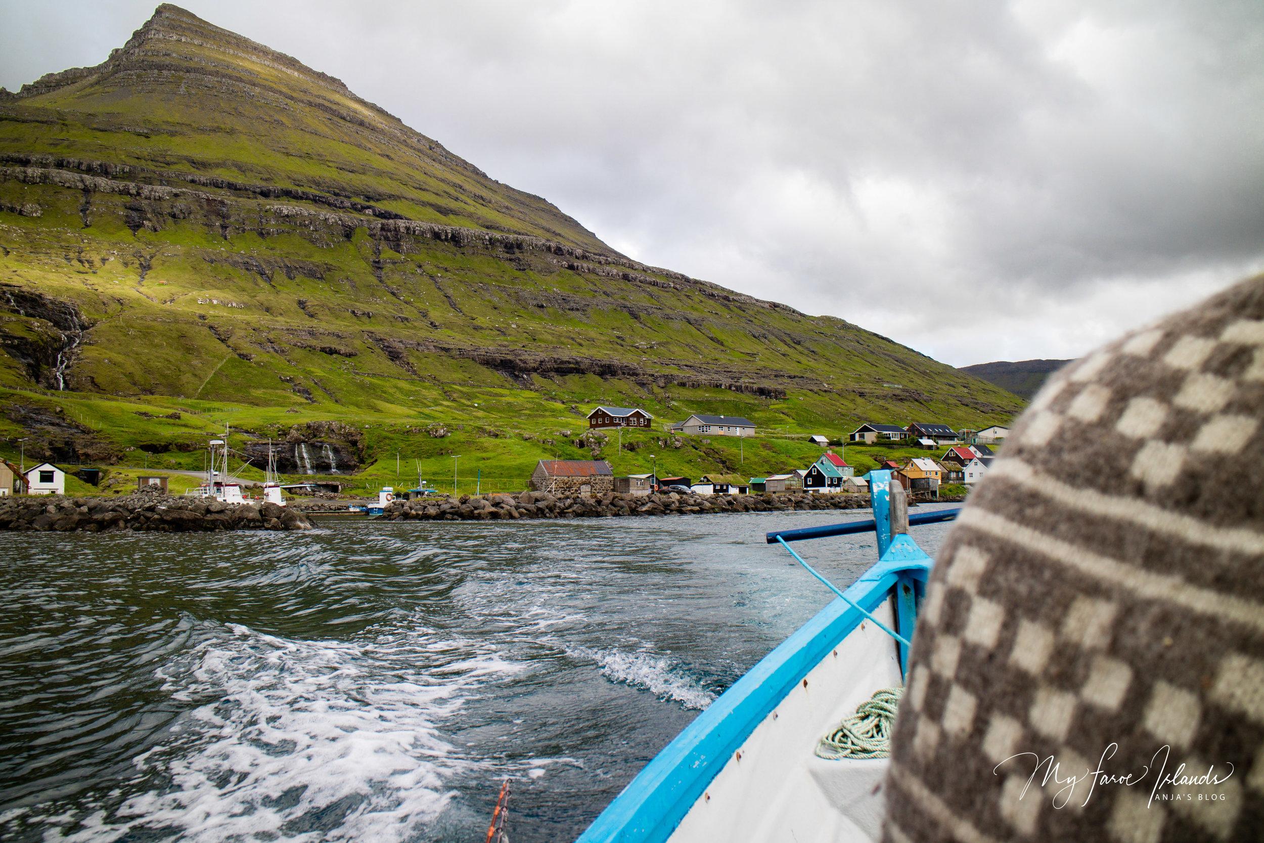 Leaving Harbor new © My Faroe Islands, Anja Mazuhn  (1 von 1).jpg