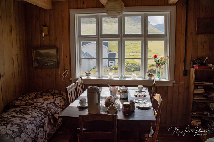 Table+©+My+Faroe+Islands,+Anja+Mazuhn++.jpg