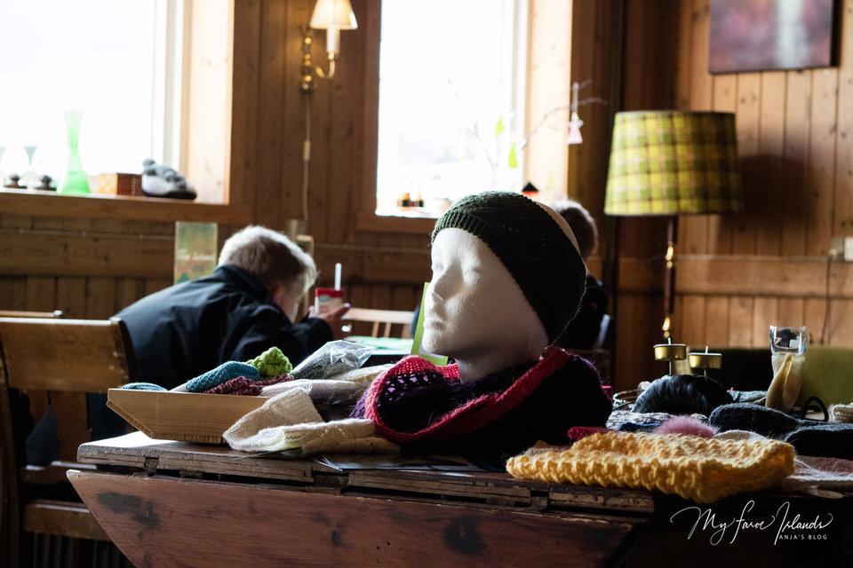 Boys+Cafe+Old+School+©+My+Faroe+Islands,+Anja+Mazuhn.jpg